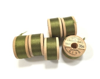BELDING CORTICELLI - Vintage Thread - Pure Silk - Green #9135 - 10 yd Spools - Buttonhole Embroidery Ribbon Fly Tying