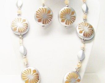 Large Round Gold/Silver Glass Pearl Bead Necklace/Earrings Set