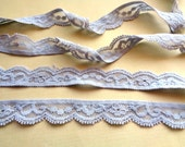 "Stretch Scalloped Lace Trim, Light Grey, 3/4"" inch, 1 Yard, For Apparel, Accessories, Mixed Media, Home Decor, Gifts"
