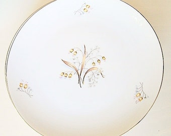 Vintage Meito China Dinner Plates Lily of The Valley, fine Asian china with platinum rims 5 plates back stamped, replacement china
