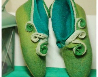 Felted booties for women