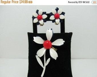 ON SALE Enameled 1960s Floral Pin And Earring Set Item K # 1169