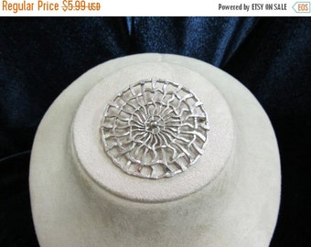 ON SALE 1960s-70s Contemporary Pin Item K #397