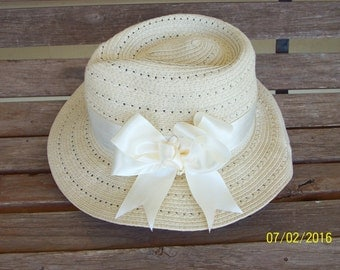 Cool and Classy Straw Like Hat