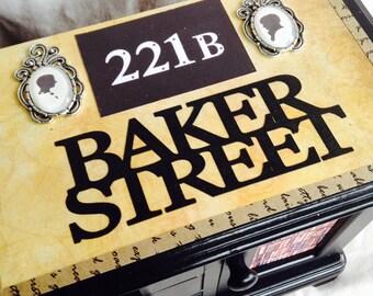 Sherlock Holmes Baker Street Wooden Jewellery Box