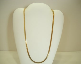 """Vintage 20"""" Bright Gold Tone Flat Chain Necklace (8218)"""