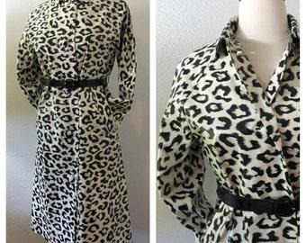 Love Rain / Vintage Rain Coat / Leopard Print