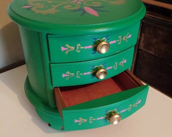 Refurbished Jewelry/Trinket box