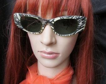 LAMINATED FABRIC SUNGLASSES black silver zebra Mid Century Funky eyeglasses 3b-100