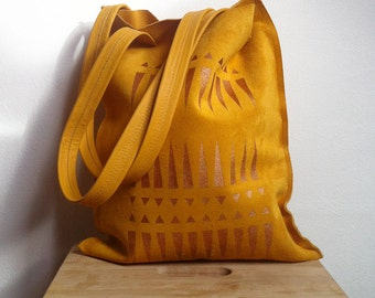 20% DISCOUNT // Suede Tote // Was 95 Euros Now 76 Euros