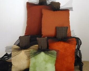 autumn Fall thanksgiving decor, 5 pumpkins pillows, mantel shelf tabletop, centerpiece, fall colors, country farmhouse shabby cottage chic