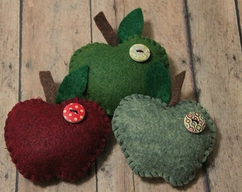 Apple ornaments-Handmade felt Apples-Christmas Ornaments-Teacher gift-Apple gifts-Country-Fruit ornaments