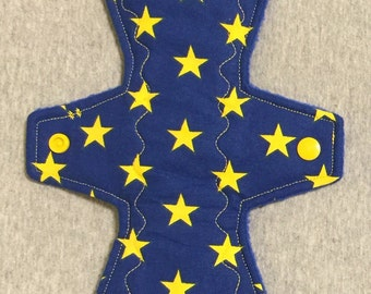 "10"" cotton top moderate cloth pad - blue back yelownstars"