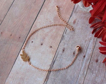 Leaf Bracelet - Dainty Fall Jewelry - Rose gold Leaf Bracelet