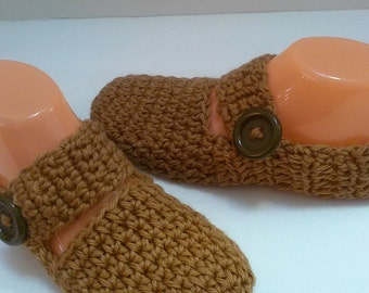 Tan slippers-Tan shoes-Mary jane shoes-Womens size 10-Crochet slippers-Booties-Crochet shoes-Womens slippers-Teen slippers-Gift for mom