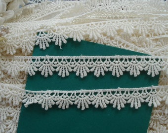 "1y Vintage 5/8"" Venise Lace Delicate Fan Flower Soft White Schiffli Embroidered Applique Trim Wedding Couture Bridal Dress Doll Sewing Trim"