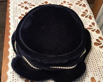 Vintage Ladies Hat with Pearl Trim Navy Nice
