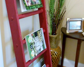 Rustic Ladder 4 ft Ladder Decorative Ladder in Barn Red