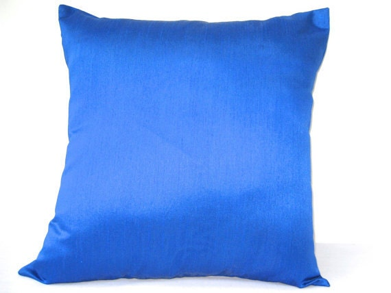 Royal blue pillow solid pillow outdoor pillow blue throw for Royal blue couch pillows