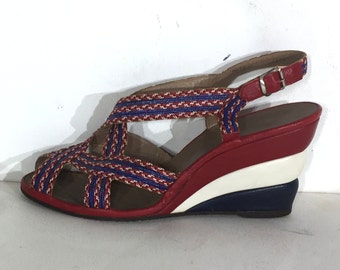 Fabulous 1940s Ted Saval wedges with padded platform fields in the manner of Ferragamo Rainbow platforms - size 7.5 - 1940s platform sandals