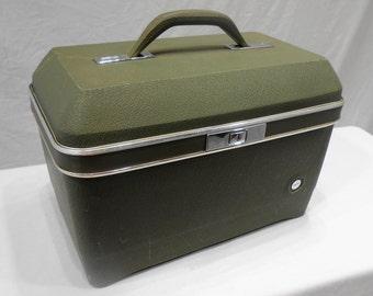 Vintage Avocado Green Train Case Travel Small Suitcase Makeup Luggage Storage