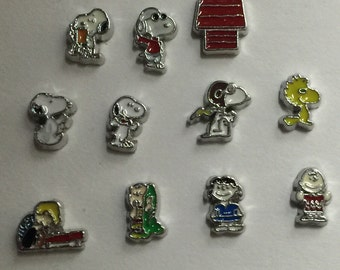 Snoopy and the Peanuts Gang Floating Charms