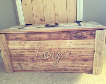 Reclaimed Wood Toy Chest
