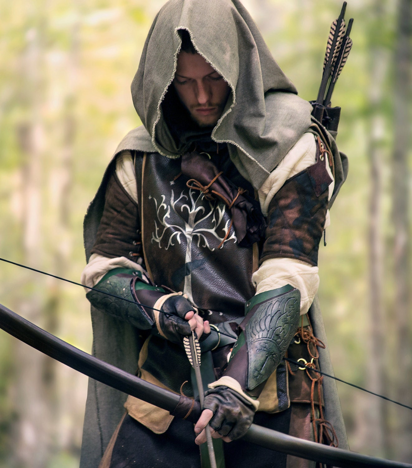 the lord of the rings aragorn ranger bow