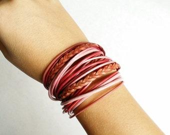 Leather bracelet. Accessoire, bracelet, textile, leather, round leather