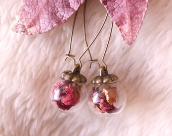 Make a wish earrings, rose petals in glass capsule