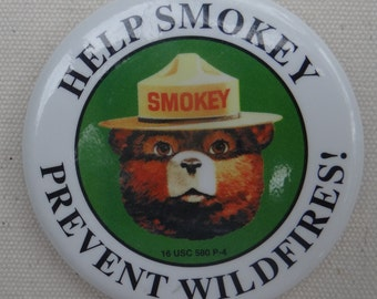 """Vintage SMOKEY THE BEAR button: """"Help Smokey Prevent Wildfires!"""""""
