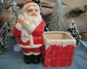 Santa Claus 1950s planter / 60.decoration Christmas, red vase.