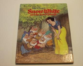 A Big Golden Book: Walt Disney's Classic Snow White and the Seven Dwarfs (1984)