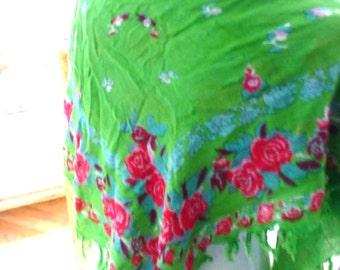 green fuchsia scarf