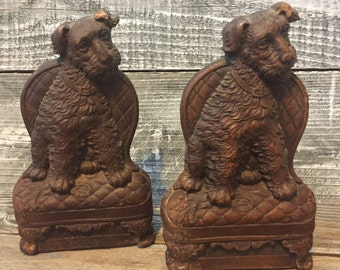 Vintage Rusty Old Dog Terrier Bookends Resin Type with Metal Bottoms