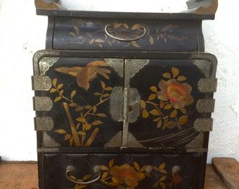 Antique japanese lacquer table cabinet lacquerware chest of drawers kodansu tansu doored four drawer cabinets dressing box jewelry boxes