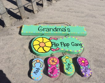 Personalized grandmother flip flop sign with hanging grandchildren