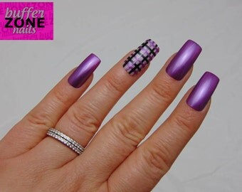 CUSTOMISED ACCENT NAIL, Hand Painted Press On False Nails, Metallic Purple With Tartan Accent Nail