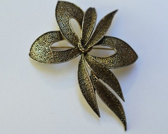 Vintage Pin Brooch AVON (Bellevile)  by Marcel Boucher Signed Before 1955s