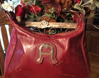 Vintage 1970's Red leather Etienne Aigner Designer handbag