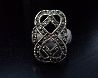Vintage Sterling Silver Knotted Marcasite Ring