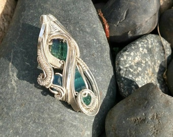 Wire Wrapped Pendant, Silver and Gemstone Pendant: Aquaeor