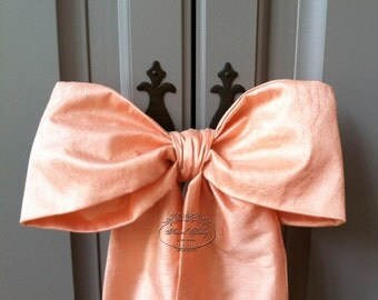 Peach bows in faux silk dupioni