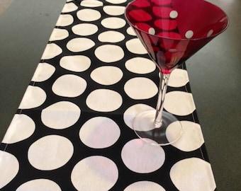 wedding polka dot black and white table runner