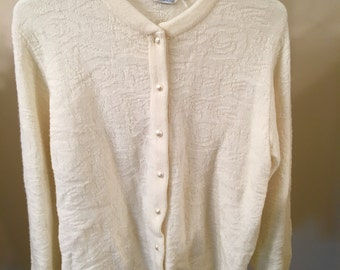 Vintage 60s Retro Lampl Textured Cream Colored Sweet Pearl Button Cardigan Sweater