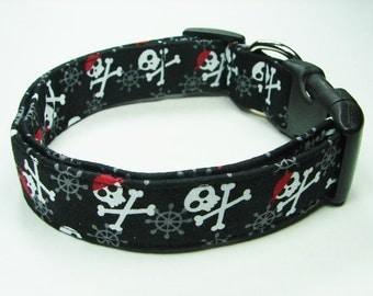 Jolly Roger Pirate Skulls Dog collar