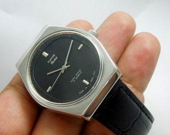 Watch HMT vintage men's rohit black dial Hand Winding 17 Jewels clean condition men's wrist watch
