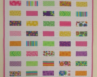Baby quilt, lap quilt, quilted throw, girl quilt, toddler quilt.