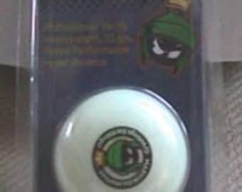 Marvin the Martian Glow in the dark Yo-Yo - Mint in package - Estate find!