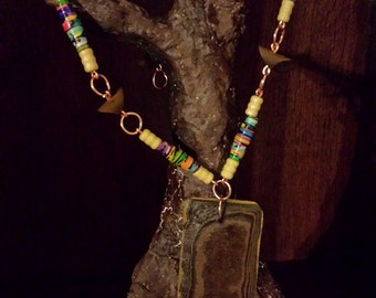 Paper and wood necklace with pendant